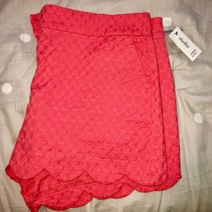 Crown & Ivy Scalloped Shorts 16